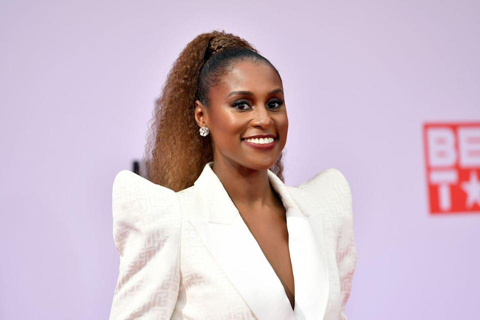 <p>This fall is all about warmer colors that help light up your face.<strong> Issa Rae</strong> brings dimension to her hair with strands of light-catching copper and auburn. </p>