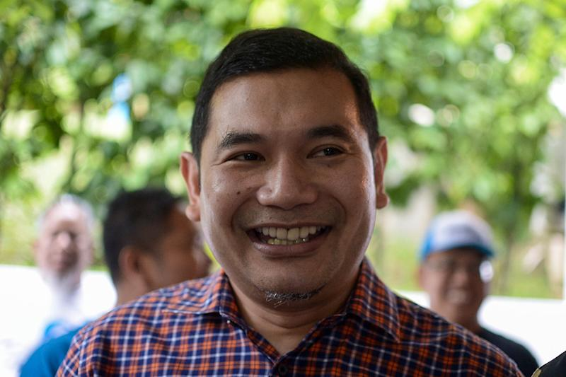 Rafizi, who has been accused of orchestrating the so-called 'PD Move', declined to reveal the results of any polls conducted by his big data outfit Invoke in the Negri Sembilan federal constituency. — Picture by Mukhriz Hazim