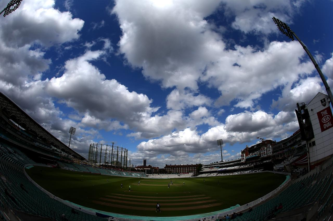 LONDON, ENGLAND - MAY 09:  A general view during the Yorkshire Bank 40 match between Surrey and Durham at The Kia Oval on May 9, 2013 in London, England.  (Photo by Paul Gilham/Getty Images)