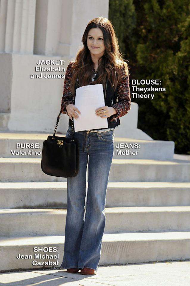 "Rachel Bilson as Dr. Zoe Hart in the Season 1 episode ""Tributes and Triangles."""