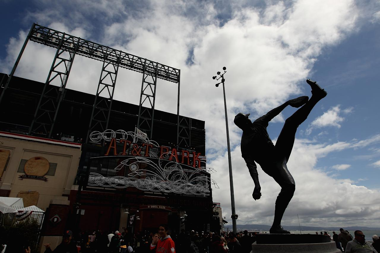 SAN FRANCISCO, CA - APRIL 13:  A statue of Juan Marichal outside of AT&T Park on April 13, 2012 in San Francisco, California.  (Photo by Ezra Shaw/Getty Images)
