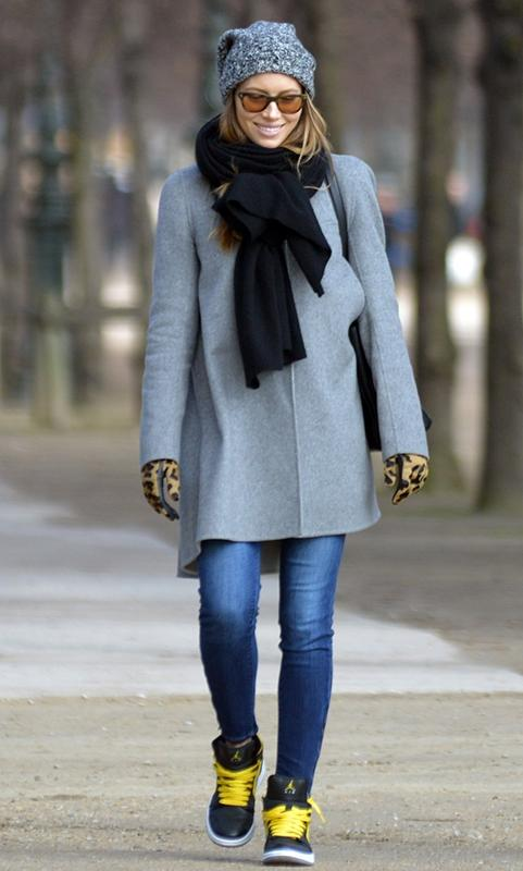 "<div class=""caption-credit""> Photo by: INF</div><div class=""caption-title"">Jessica Biel</div>Jess accessorizes her Paige ankle zip jeans with a chunky scarf, beanie, and leopard gloves during a stroll in Paris. <br> <br> Paige 'Verdugo' Ankle Zip in Benny, $199, <a rel=""nofollow"" href=""http://www.paigeusa.com/verdugo-ankle-zip-benny/d/40001761"" target=""_blank"">paigeusa.com</a>"