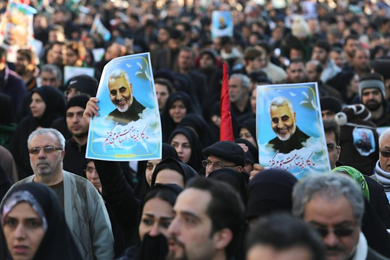 TEHRAN, IRAN - 2020/01/06: Thousands of mourners pay homage to assassinated Iranian Major Geneneral Soleimani in US Airstrike. The Pentagon announced that Iran's Quds Force leader Qassem Soleimani and Iraqi militia commander Abu Mahdi al-Muhandis were killed on 03 January 2020 following a US airstrike at Baghdad's international airport. (Photo by Mazyar Asadi/Pacific Press/LightRocket via Getty Images)