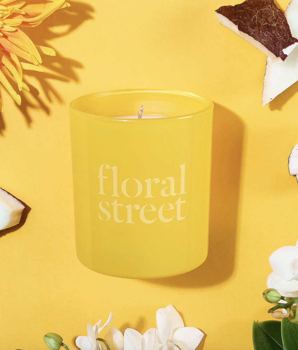 "<p><strong>Floral Street</strong></p><p>sephora.com</p><p><strong>$40.00</strong></p><p><a href=""https://go.redirectingat.com?id=74968X1596630&url=https%3A%2F%2Fwww.sephora.com%2Fproduct%2Ffloral-street-sunshine-bloom-scented-candle-P468651&sref=https%3A%2F%2Fwww.harpersbazaar.com%2Fbeauty%2Fhealth%2Fg35181801%2Fbest-spring-candles%2F"" rel=""nofollow noopener"" target=""_blank"" data-ylk=""slk:Shop Now"" class=""link rapid-noclick-resp"">Shop Now</a></p><p>Spring is always a little deceiving because it can still feel an awful lot like winter. But not when you have this candle going. Inspired by sunlight, Sunshine Bloom has notes of jasmine petals, fig leaves, incense, wild orchid, cashmere wood, and coconut to inspire a warm, sunny Spring day.</p>"