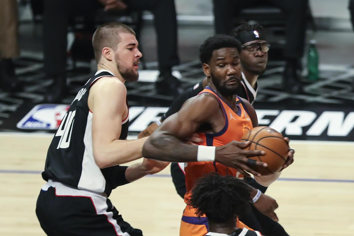 Deandre Ayton had a career-high 22 rebounds in Game 4 for the Phoenix Suns. (Jevone Moore/Icon Sportswire via Getty Images)