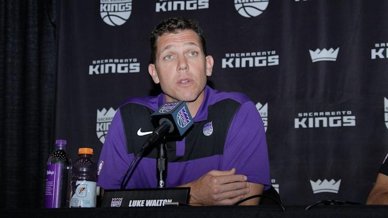 NBA, Kings close improper conduct investigation of Luke Walton