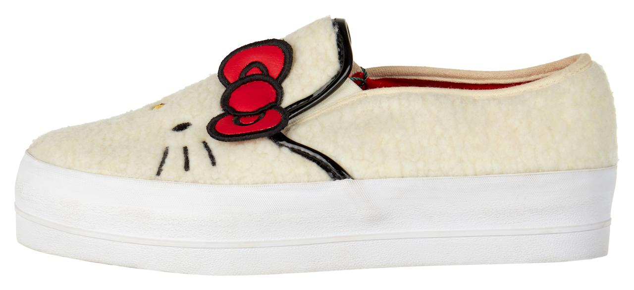 "<p>ASOS x Hello Kitty borg plimsolls with embroidery detail</p><p><a rel=""nofollow"" href=""http://www.asos.com/women/"">COMING SOON</a><br></p>"