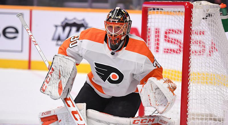 Neuvirth could challenge for the Leafs' backup job next season. (Christopher Hanewinckel-USA TODAY Sports)