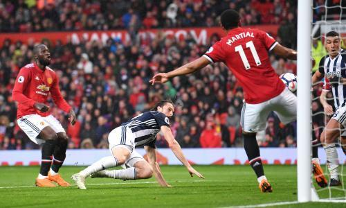 West Brom stun Manchester United to hand Manchester City the title