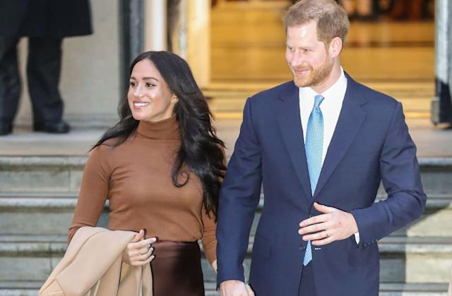 We found a copycat of the chic bronze skirt Meghan Markle just wore for only $27