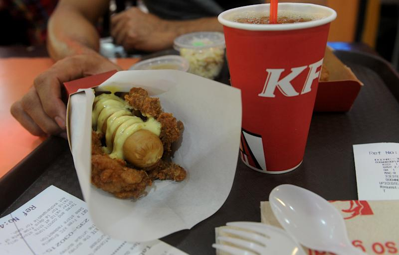 Kfc Unleashes Double Down Dog In The Philippines