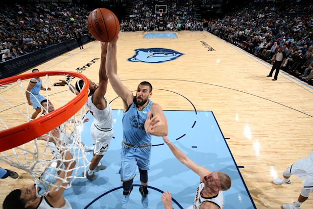 MEMPHIS, TN - NOVEMBER 7: Marc Gasol #33 of the Memphis Grizzlies dunks the ball against the Denver Nuggets on November 7, 2018 at FedExForum in Memphis, Tennessee. (Photo by Joe Murphy/NBAE via Getty Images)