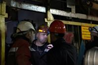 Russian diamond giant halts search for miners