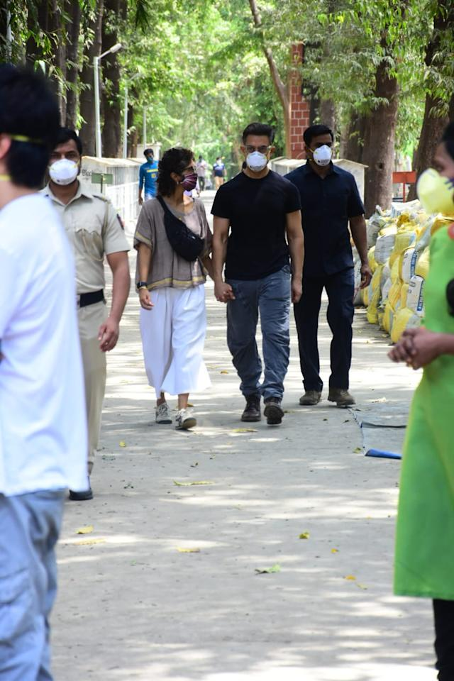 Aamir Khan and wife attend the funeral of their longtime assistant