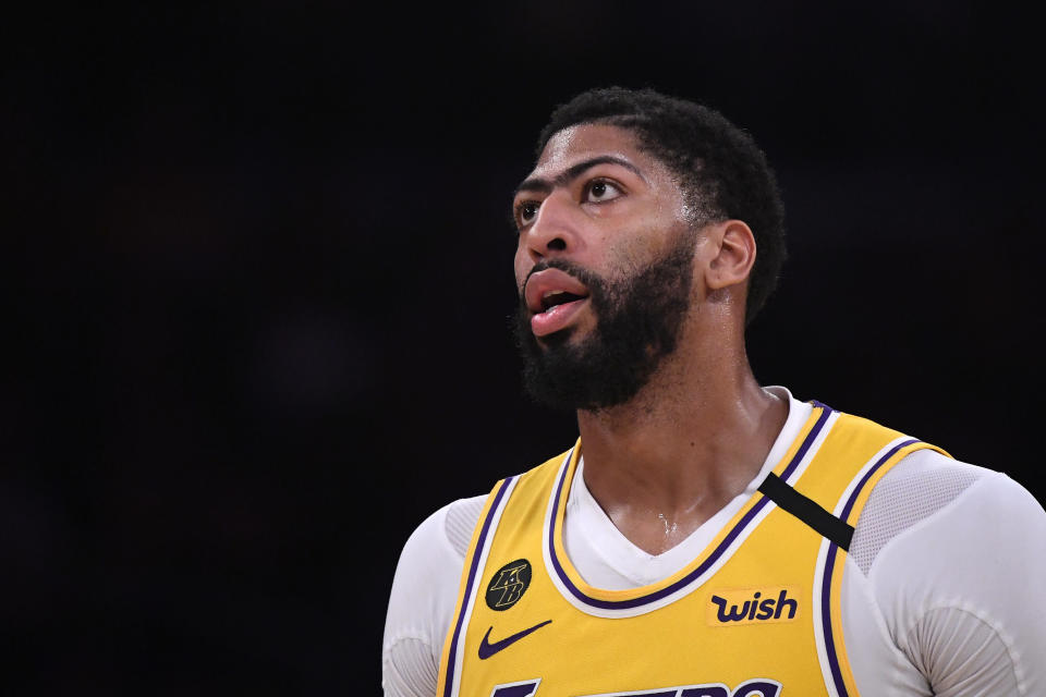 Anthony Davis got poked in the eye during a bubble scrimmage. (AP Photo/Mark J. Terrill)