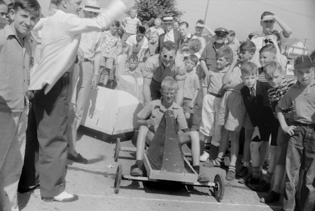 <p>Start of a July 4 soapbox derby, Salisbury, Md., July 1940. (Photo: Jack Delano for Farm Security Administration/Universal History Archive/UIG via Getty Images) </p>