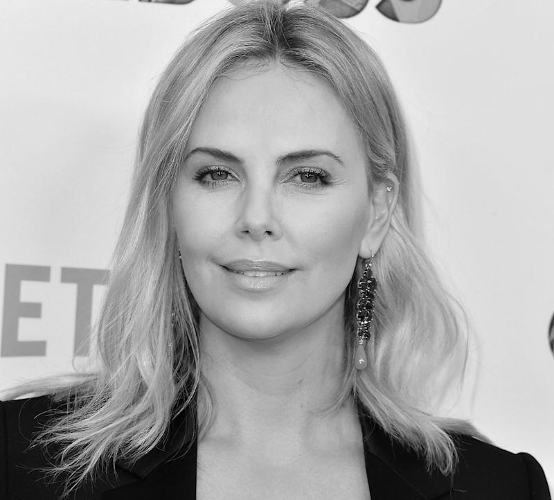 Charlize Theron Ny Blondes: Charlize Theron's Spills The Details On The Steamy Romance