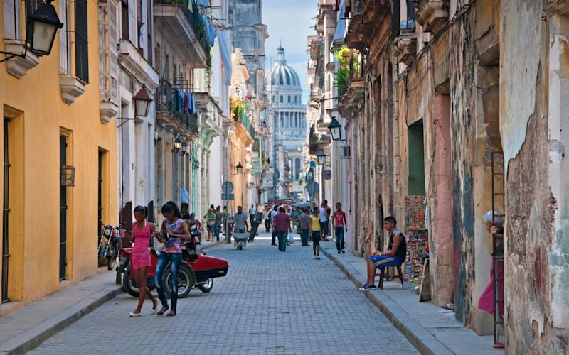 Old Havana, in Cuba. Diplomats living in the country found themselves affected by 'sonic devices' - www.Alamy.com