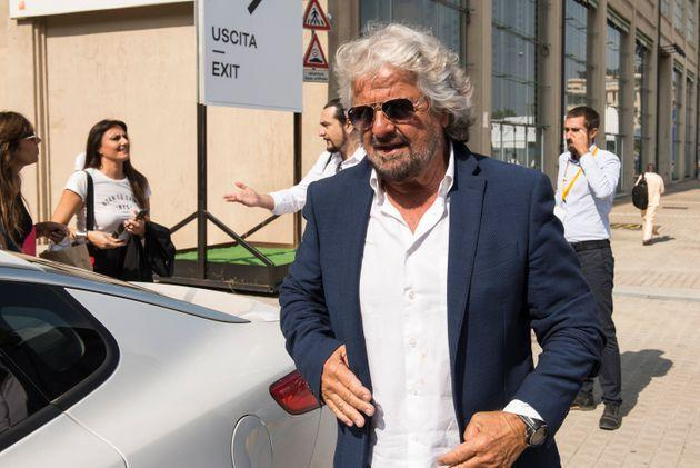 ITALY, TURIN, PIEDMONT - 2018/09/21: Beppe Grillo leaves after visiting the Terra Madre Salone del Gusto 2018. (Photo by Stefano Guidi/LightRocket via Getty Images) (Photo: Stefano Guidi via Getty Images)