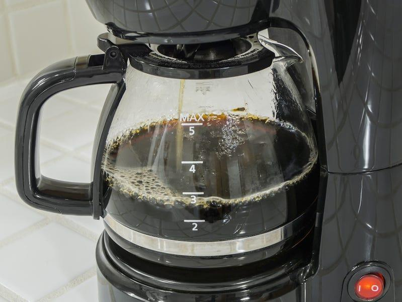 coffee maker kitchen dirty clean home