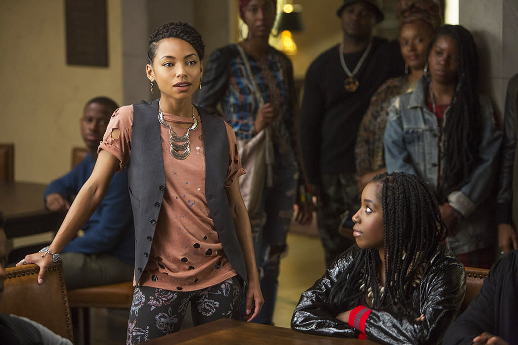 <p>Logan Browning as Samantha White and Ashley Blaine Featherson as as Joelle Brooks in Netflix's <i>Dear White People</i>.<br /><br />(Photo: Netflix) </p>