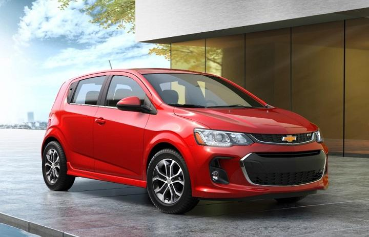 2017 Chevrolet Sonic Hatchback Front Quarter Photo