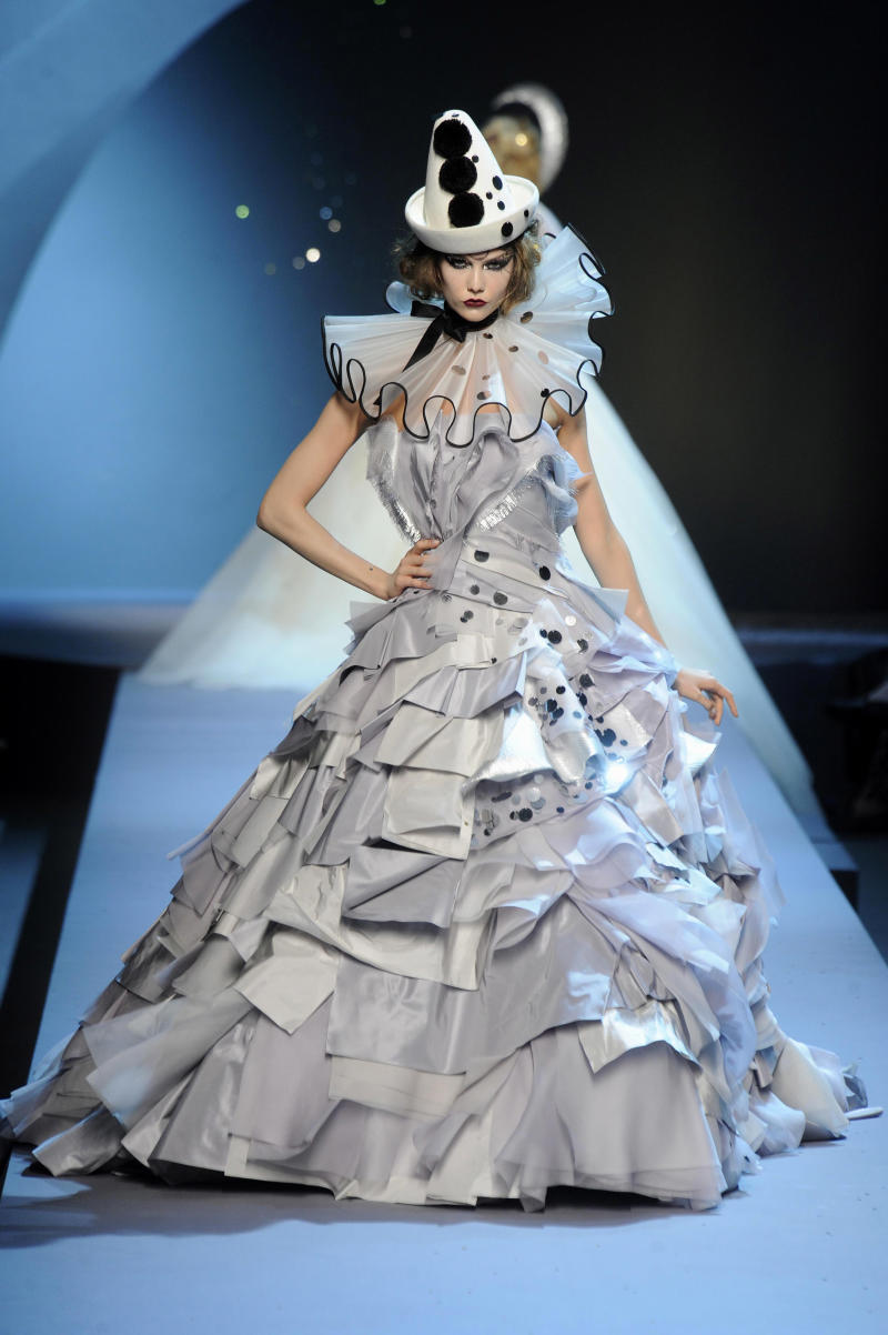 FWD101 Model walks the runway at the Christian Dior Fall 2011 haute couture  show in Paris on Monday 3856db7945bec