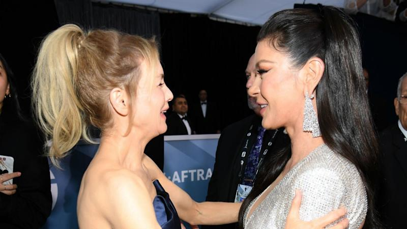 Renée Zellweger and Catherine Zeta-Jones Share a Sweet 'Chicago' Reunion at the 2020 SAG Awards