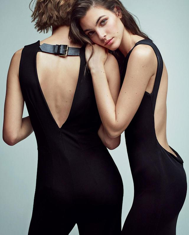 <p><strong>Models: </strong>Vittoria Ceretti, Cara Taylor<br><strong>Photographer:</strong> Mario Sorrenti<br>(Photo: Courtesy of Alberta Ferretti) </p>