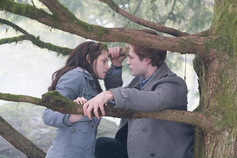 Kristen Stewart as Bella Swan and Robert Pattinson as Edward Cullen (Summit Entertainment)
