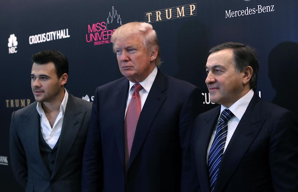 ITAR-TASS: MOSCOW, RUSSIA. NOVEMBER 9, 2013. Crocus Group vice president Emin Agalarov, American business magnate, Miss Universe co-owner Donald Trump and Crocus Group president Aras Agalarov (L-R) hold a news conference on Miss Universe 2013 Pageant. (Photo by Vyacheslav Prokofyev / TASS via Getty Images)