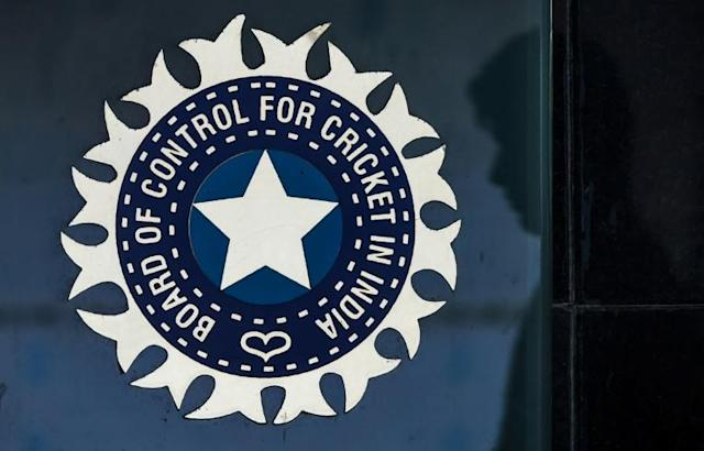 The Board of Control for Cricket in India still hopes to salvage something from the money-spinning IPL T20 competition despite the coronavirus (AFP Photo/INDRANIL MUKHERJEE )