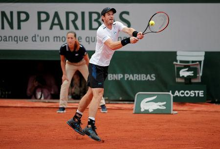Top seed Murray into French Open quarter-finals, Nishikori also through