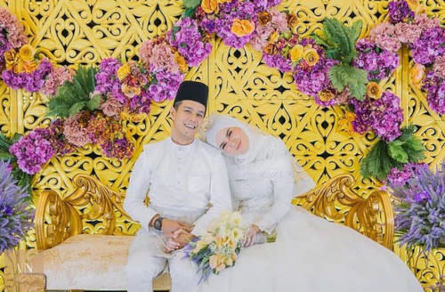 Izreen tied the knot with Ude Wahid while he was still married to Intan