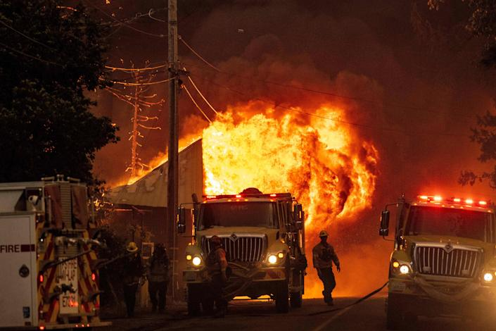 Image: US-CALIFORNIA-FIRE (JOSH EDELSON / AFP - Getty Images)