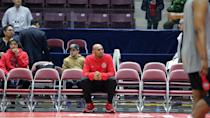 <p>905 coach Jerry Stackhouse observing his team's warmups. (Photo courtesy: Trung Ho) </p>