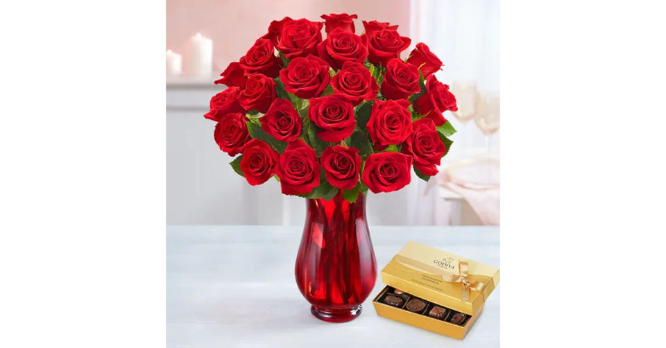 Two Dozen Red Roses (Photo: 1800Flowers.com)