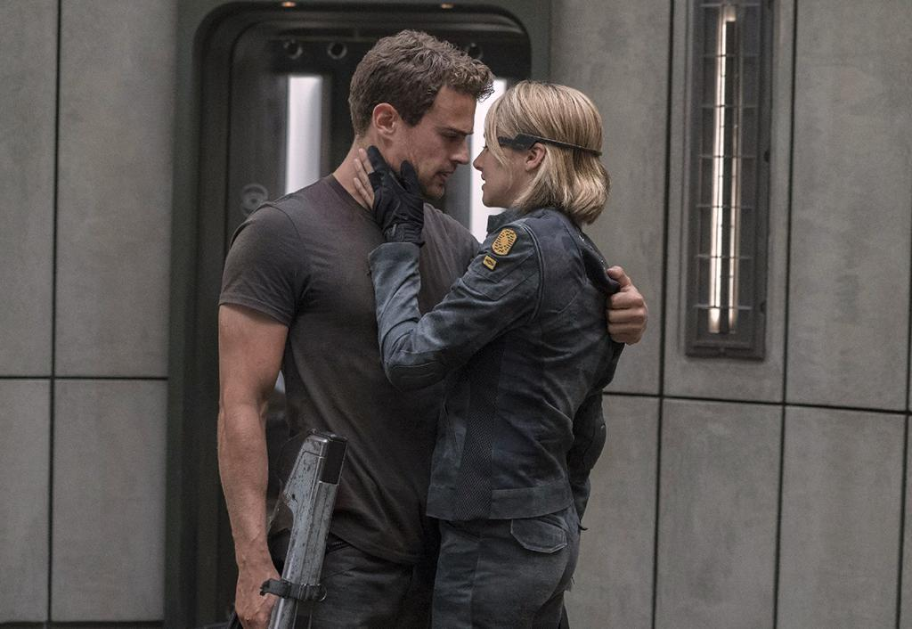 """<p>And we thought <a rel=""""nofollow"""" href=""""https://www.yahoo.com/movies/10-worst-movies-2015-163009143.html"""">'Insurgent' was bad</a>. If 'The Divergent Series' didn't jump the shark with its 2015 sequel, it certainly did with this threequel — a sloppy and lifeless hooey-filled sci-fi flick that, admittedly, is beholden to some pretty weak source material. — Kevin Polowy (Photo: Summit) </p>"""