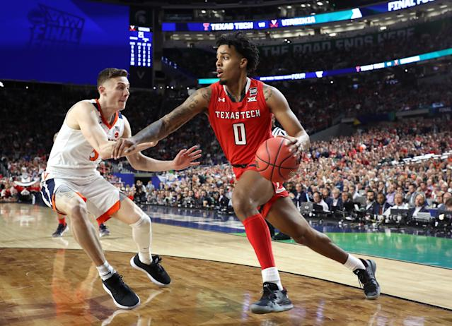 Kyler Edwards #0 of the Texas Tech Red Raiders is defended by Kyle Guy #5 of the Virginia Cavaliers in the first half during the 2019 NCAA men's Final Four National Championship game at U.S. Bank Stadium on April 08, 2019 in Minneapolis, Minnesota. (Photo by Streeter Lecka/Getty Images)
