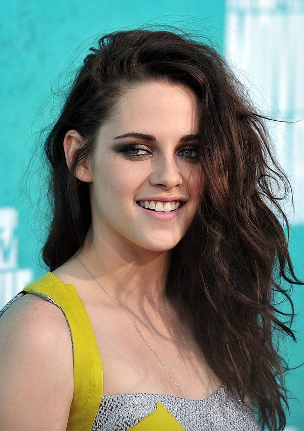 Kristen Stewart's MTV Awards Hair: How To Get Her Sexy Tousled Strands