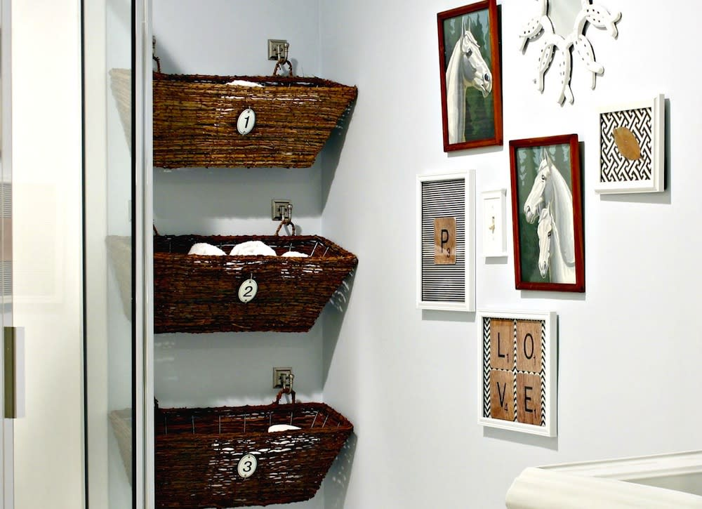 18 totally brilliant bathroom storage hacks for Bathroom storage ideas b q