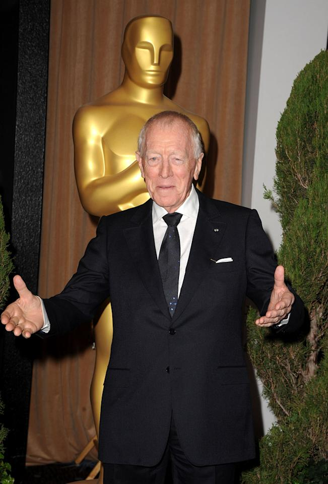"""82-year-old Best Supporting Actor nominee Max von Sydow (""""Extremely Loud & Incredibly Close"""") looked sharp in a black suit and Windsor-knotted tie."""