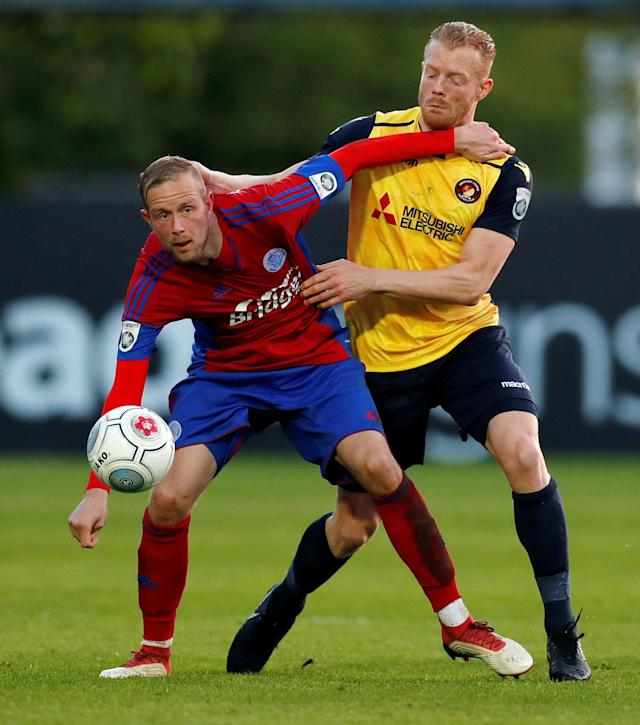 Soccer Football - National League Play-Off Eliminator - Aldershot Town v Ebbsfleet United - EBB Stadium, Aldershot, Britain - May 2, 2018 Aldershot Town's Scott Rendell in action with Ebbsfleet United's Kenny Clark Action Images/Peter Cziborra