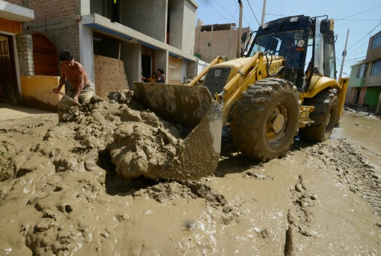 Some 40,000 people have been affected by the floods in Huarmey
