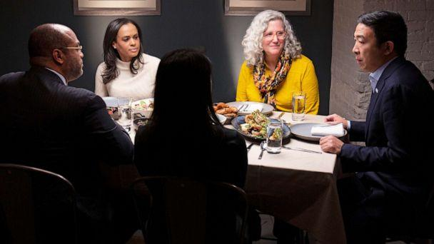 PHOTO: Democratic presidential candidate Andrew Yang, right, joins ABC's Linsey Davis, second from left and voters Ramsey Smith, Jaslin Kaur and Mara Novak for dinner in New York, Dec. 4, 2019. (Arturo Holmes/ABC)