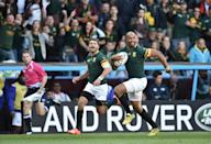 South Africa's JP Pietersen (R) runs in his team's first try against Samoa at Villa Park, on September 26, 2015 (AFP Photo/Bertrand Langlois)