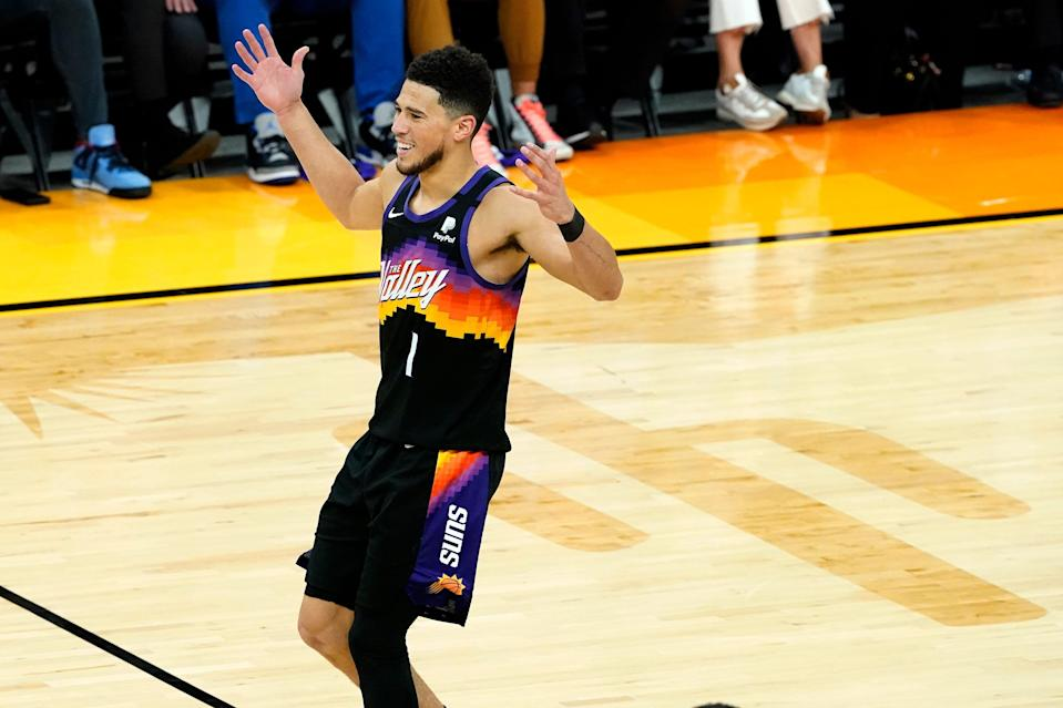 Devin Booker and the Suns have won five straight.