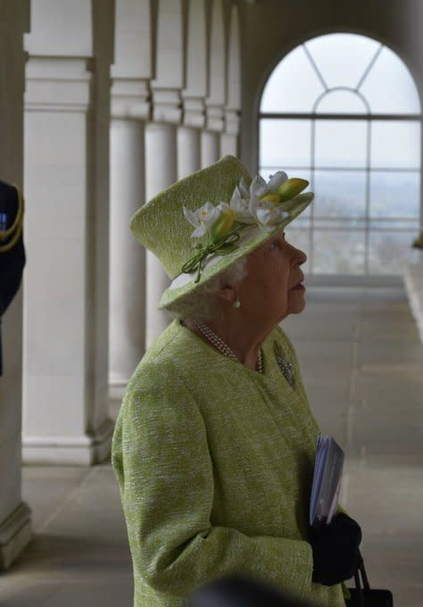 The Queen looked at the names of Australian war dead during her visit on Wednesday. (Buckingham Palace)