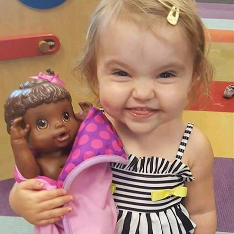 """What 1 Dad Wants You (and All Strangers) to Learn From His Toddler and Her """"Pretty"""" Doll"""
