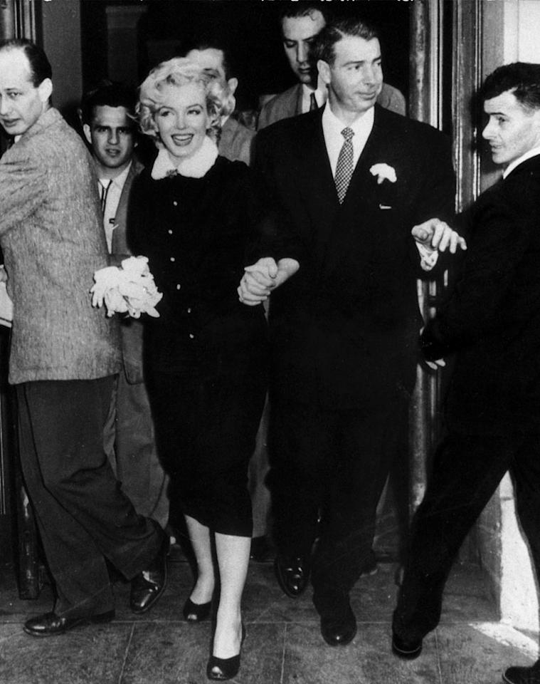 Marilyn Monroe with Joe DiMaggio; The American actress Marilyn Monroe and her husband Joe DiMaggio